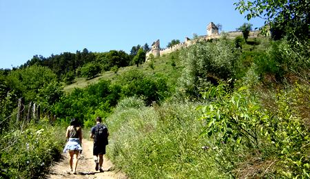 Călin şi Cristina, urcând